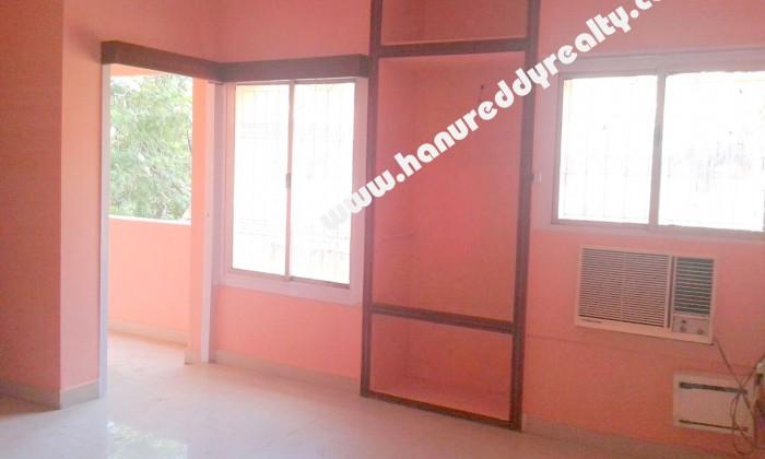 4 BHK Flat for Sale in Mandaveli