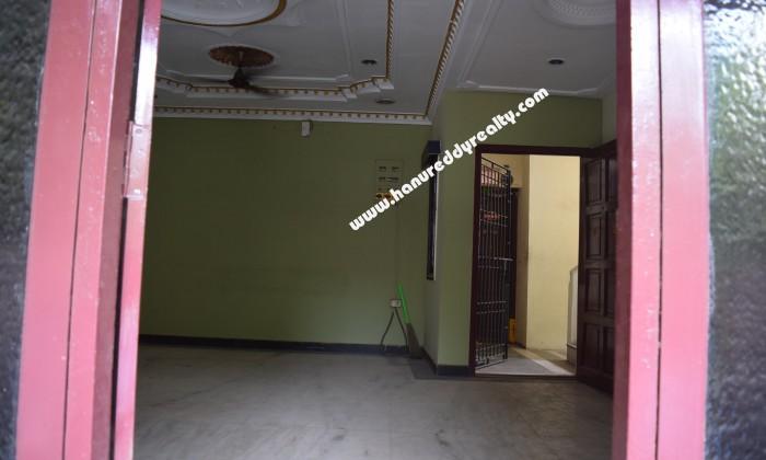 2 BHK Flat for Sale in Shenoy Nagar