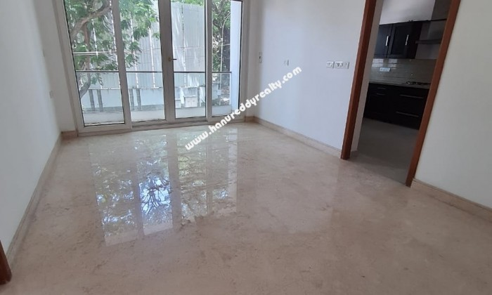 4 BHK Flat for Rent in Poes Garden
